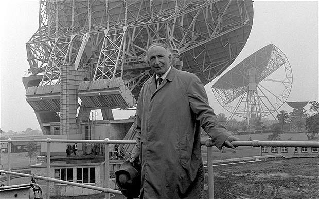 Sir Bernard Lovell, Luna 15 and the Moon Landing